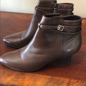 Cole Haan Elinor Short Boots II Sz 8B